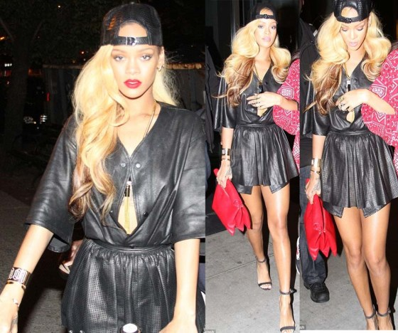 rihanna-blonde-long-hair